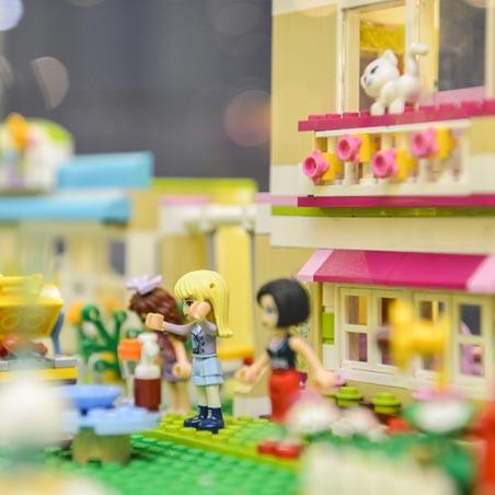 Выставка Лего LEGO® FRIENDS
