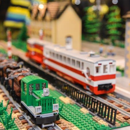 Выставка Лего ЖЕЛЕЗНОДОРОЖНЫЙ МАКЕТ