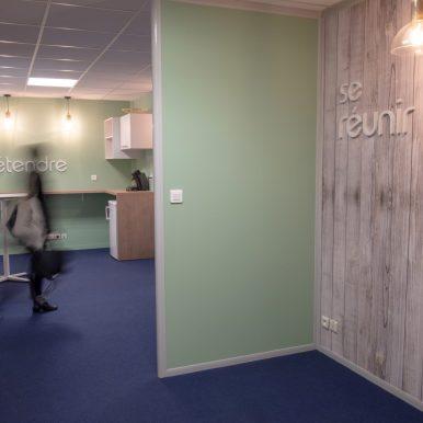 Centre d'affaires de quartier 39 bd Einstein Nantes *** Local Caption *** Pour Aymeric LE ROUX
