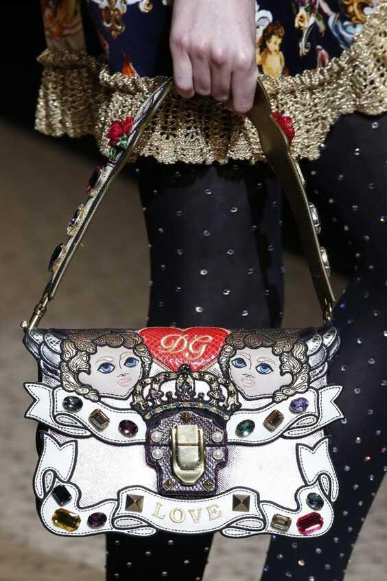 сумочка с рисунком