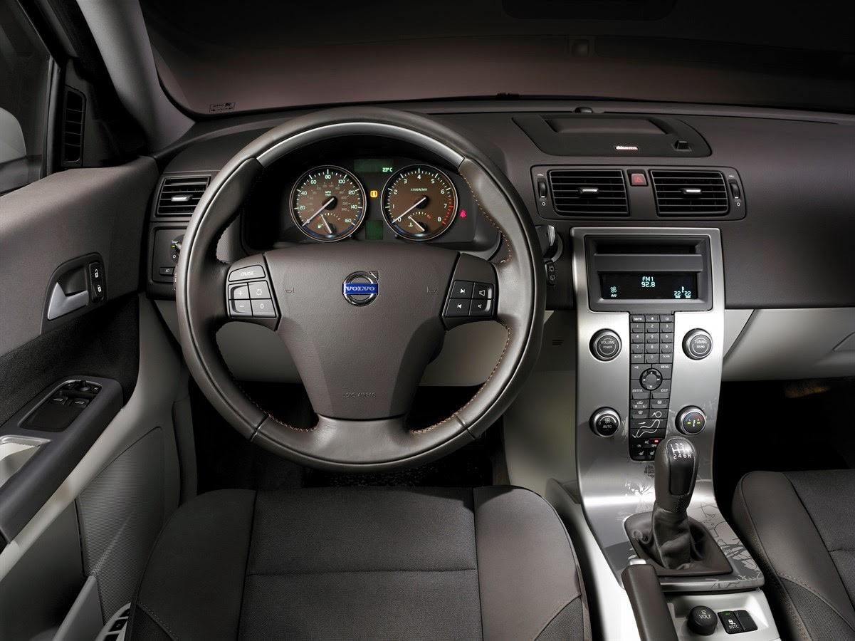 Volvo C30 interior photo