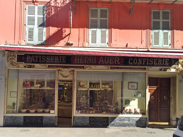 Do you look for an unique local experience in Nice? Try the food tour around Nice: You learn about the city AND get a taste of Nice on the Nice food tour. History continues in Nice at Patisserie Henri Auer, a 5th generation confiserie store where even Queen Victoria had her tea and sweets.