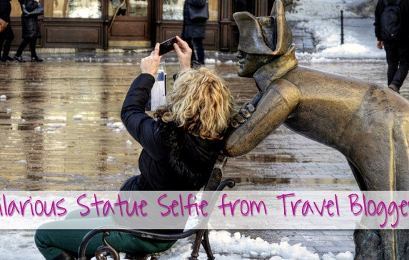 8 Hilarious Statue Selfies from Travel Bloggers