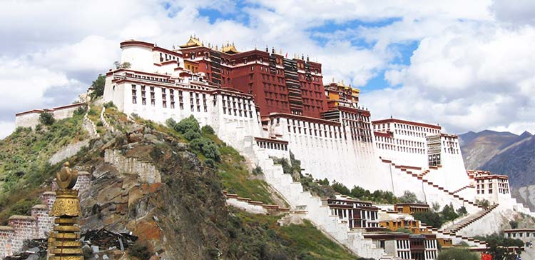 10 Things to do in Tibet – Explore the Roof of the World