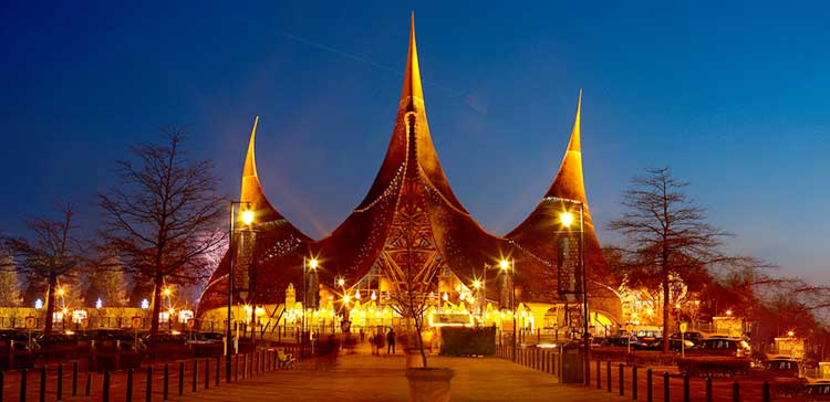 Efteling Theme Park 101 – Introduction Guide to Europe's Best Amusement Park