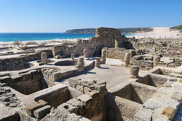 Planning a fun day trip in southern Spain? What to see? I list 7 ancient Roman ruins in Andalusia Spain worth to visit on a day trip when you like history.
