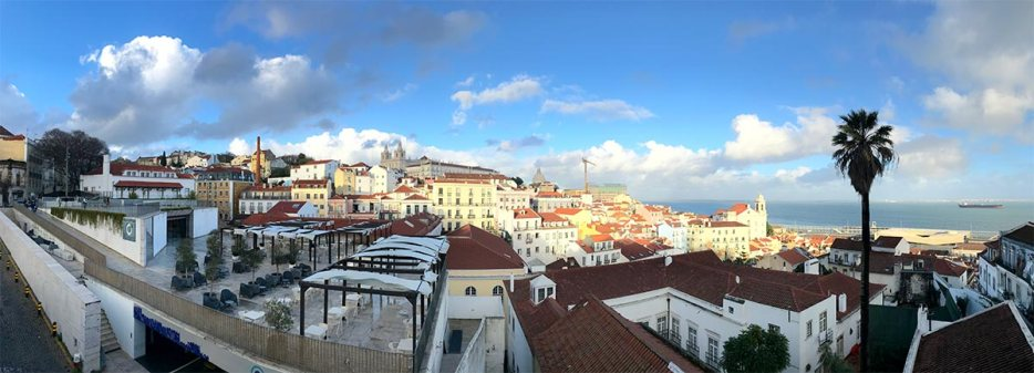 Check my epic 10 day Portugal itinerary from Lisbon to Porto. Read my tips for your Portugal road trip with options for a 7-day or 14-day Portugal itinerary