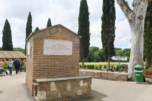 Explore Rome's history with the Appian Way Bike Tour Rome. Read about what to expect when you cycle the Via Appia Antica, a perfect active day trip in Rome.