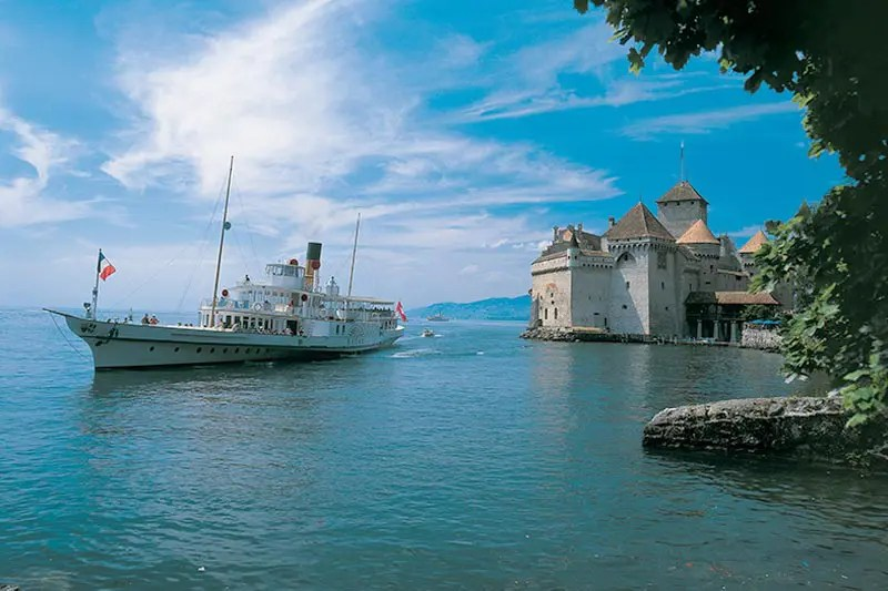 Chillon Castle near Montreux on Lake Geneva, Canton Vaud, one of Europeøs mightiest medieval strongholds. The steamer 'Rhone'.