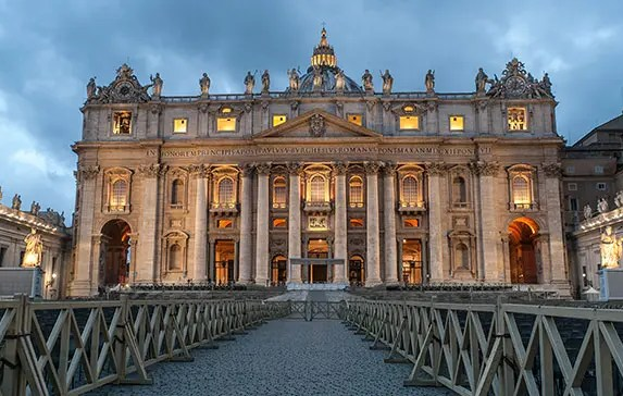 9 Unique Things To Do in Vatican City
