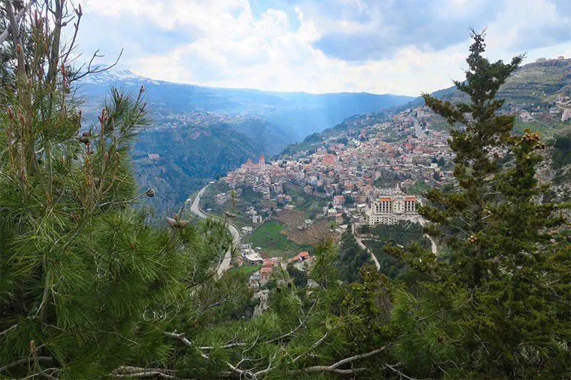 If you love nature, then Lebanon is a great place to travel. I list the most epic outdoor adventures in Lebanon, from parasailing to hiking, skiing and more