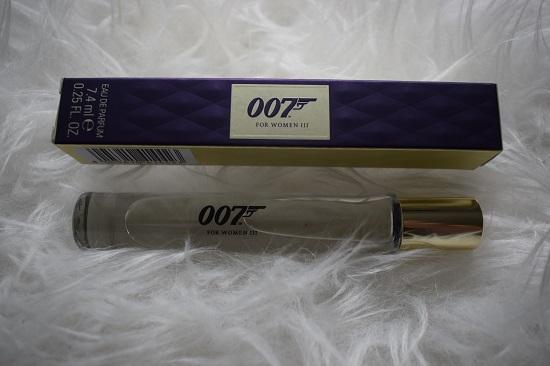 Pinkbox-Girlpower-James-Bond-007-Woman Probenqueen