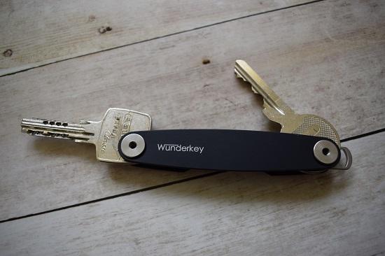 Wunderkey Schlüsselanhänger zusammengebaut mit zwei Schlüsseln www.probenqueen.de