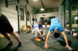 Beweglichkeitselemente aus Yoga (c)wildbild