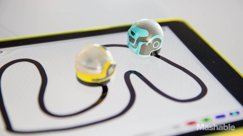 Using Ozobots to hone primary school problem-solving skills