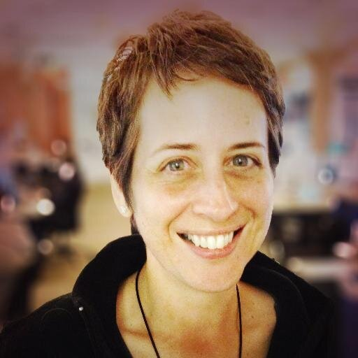 Beth-Dunn-10-Writing-Tips-to-Help-You-Sound-More-Human-ProBlogger-Podcast-Episode