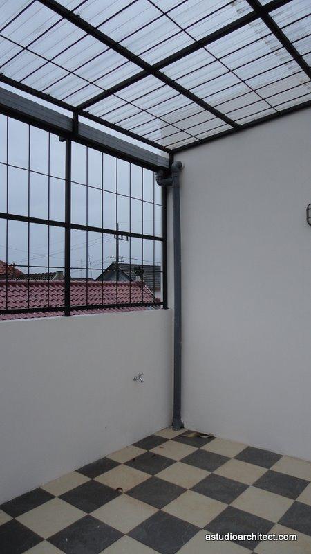 pekerjaan besi  Arsitektur rumah tinggal dan desain
