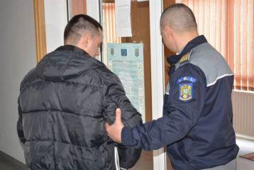 Studenți ai Academiei de Poliție în practică la Biroul pentru Imigrări Brăila