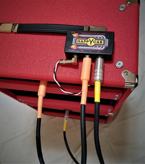 small resolution of this single output amp can now be safely hooked up to the combo speaker and the extension cabinet both speakers are 16ohm so parallel is 8ohms at the amp