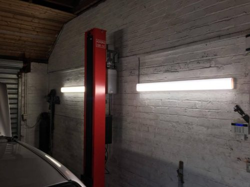 small resolution of  but if objects within your work space can find themselves hitting the light at any point it may be best that you purchase garage lighting with housing