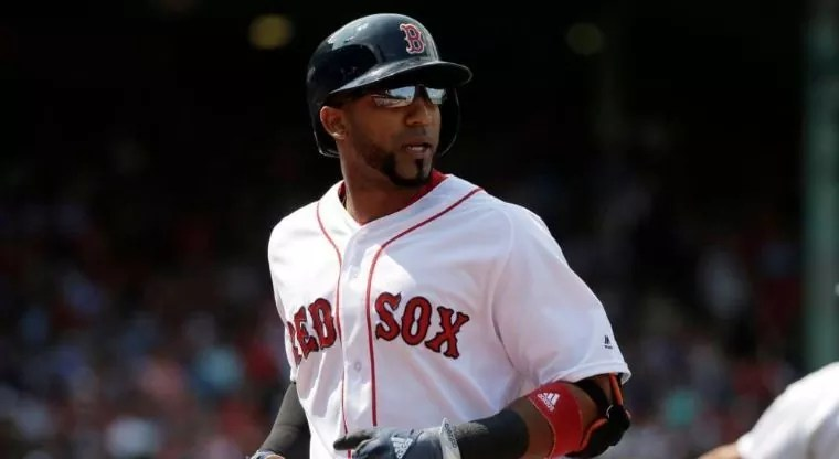 JD Martínez pacta con Boston por US$110 MM