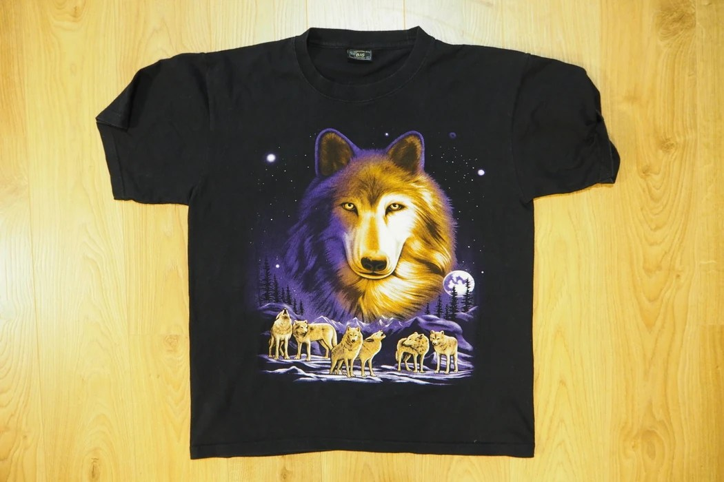 cool wolves tee