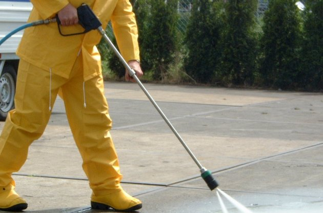 Commercial Pressure Mobile Power Washing