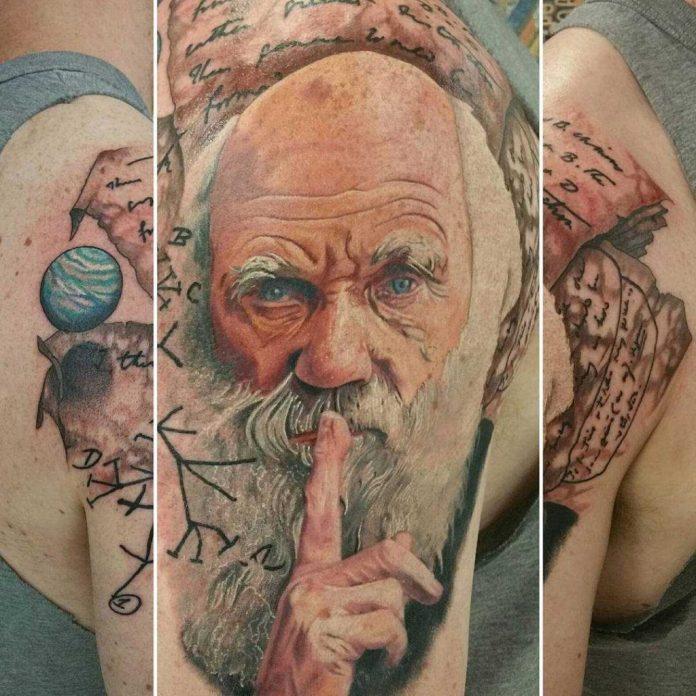Tatuaje Sobre Ciencia: Charles Darwin