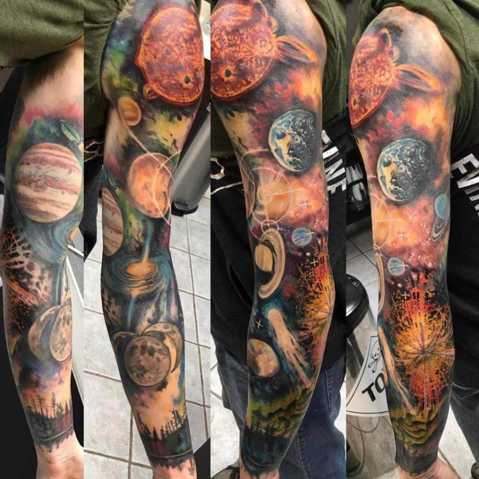 Space Tattoo, tatuaje del espacio.