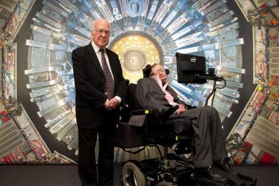 Peter Higgs y Stephen Hawking
