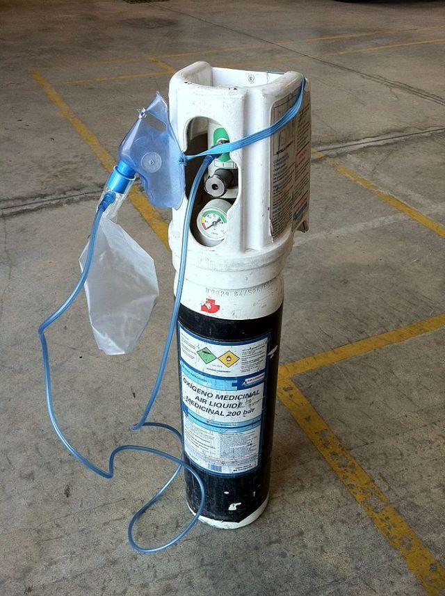 tnaques de oxigeno en medicina
