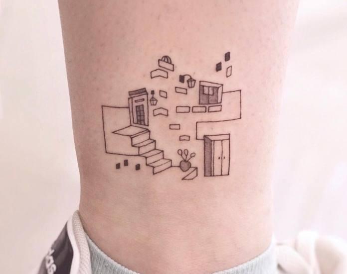 Tatuaje pequeño de tobillo