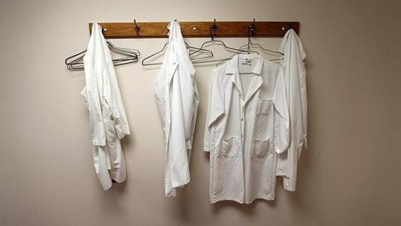 bata blanca médicos