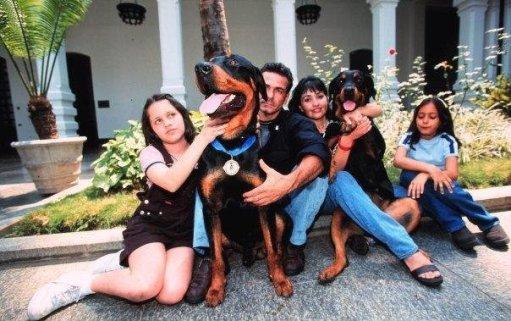 Orión con su familia