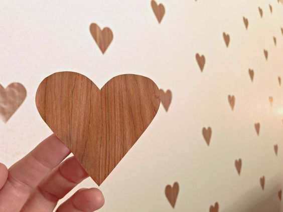 pared de corazones 74