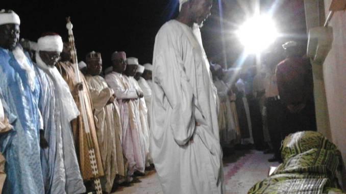 Funeral prayer of late Representative Abdullahi Wamakko being performed Friday night at the palace of Baraden Wamakko in Wamakko, Sokoto state where he was finally buried.