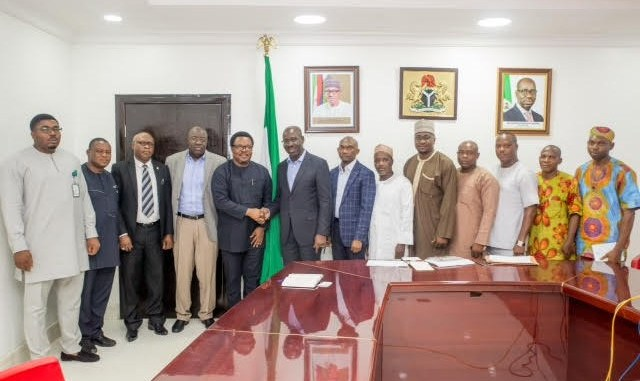 *Governor Godwin Obaseki of Edo State (6th from left); Chief of Staff tothe Governor, Mr. Taiwo Akerele (7th from left) with executives of the Niger Delta Power Holding Development Company (NDPHC) who paid the governor a business visit in his office yesterday