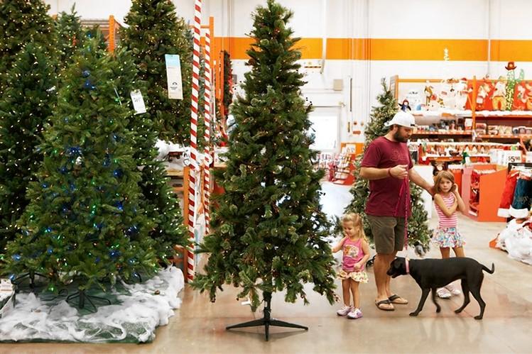 32 Amazing Christmas Savings Tips And Holiday Hacks