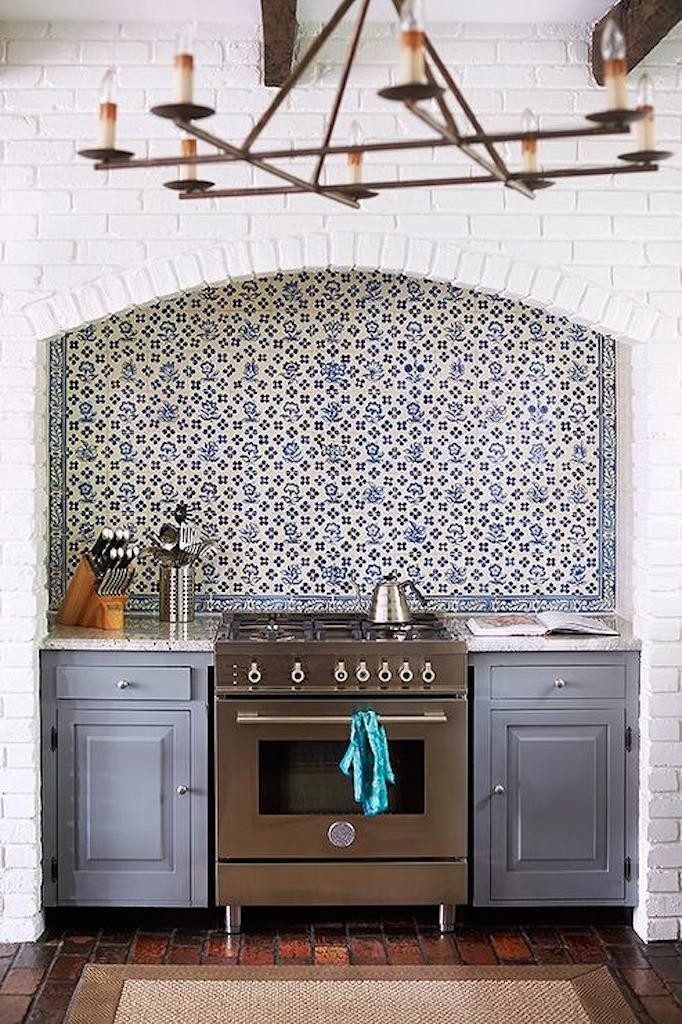 arched-cooking-alcove-steel gray cabintery