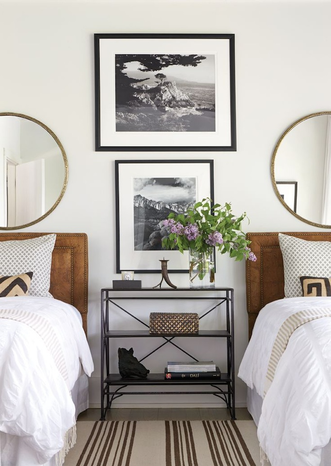 caramel-black and gold guest room