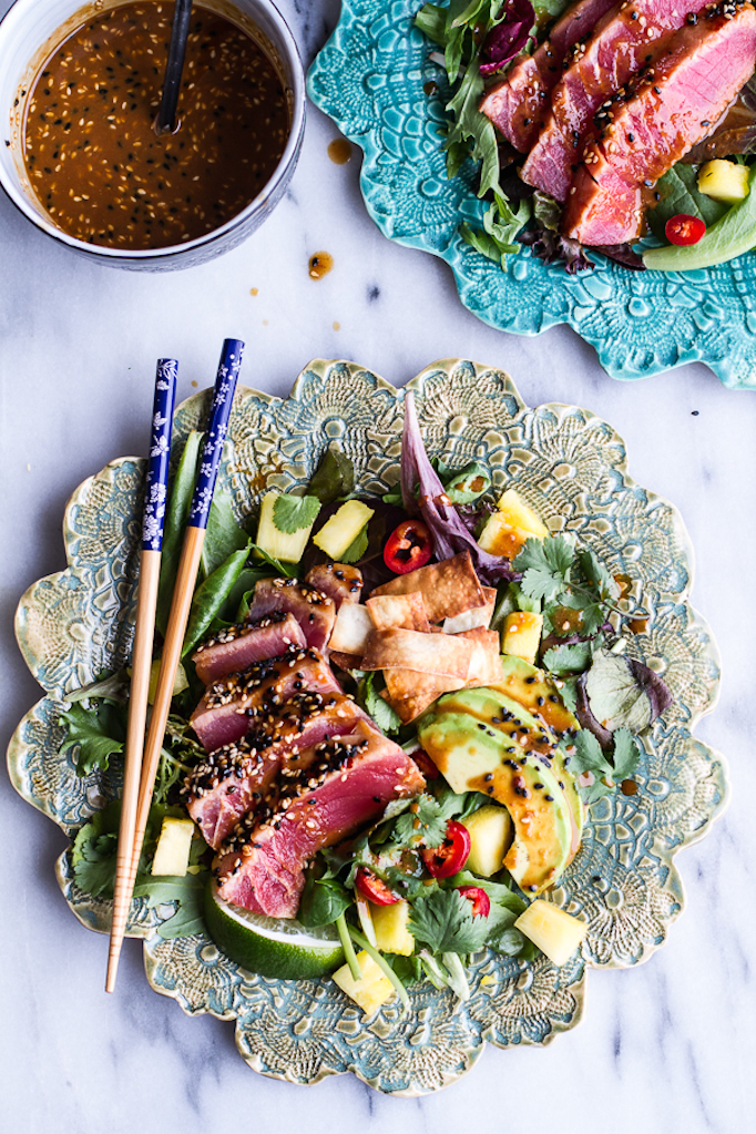 Seared-Ahi-Tuna-Poke-Salad-with-Hula-Ginger-vinaigrette-+-Wonton-Crisps.-13