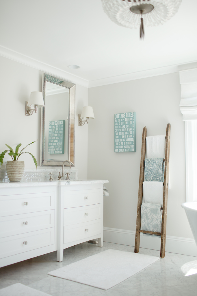 7 Elements Of A Timeless BathroomBECKI OWENS