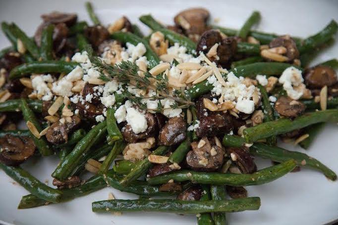 5-thanksgiving-favorites-green-beans-becki-owens