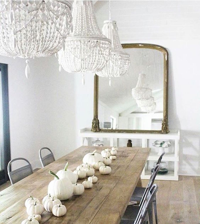 dining-room-white-pumpkin