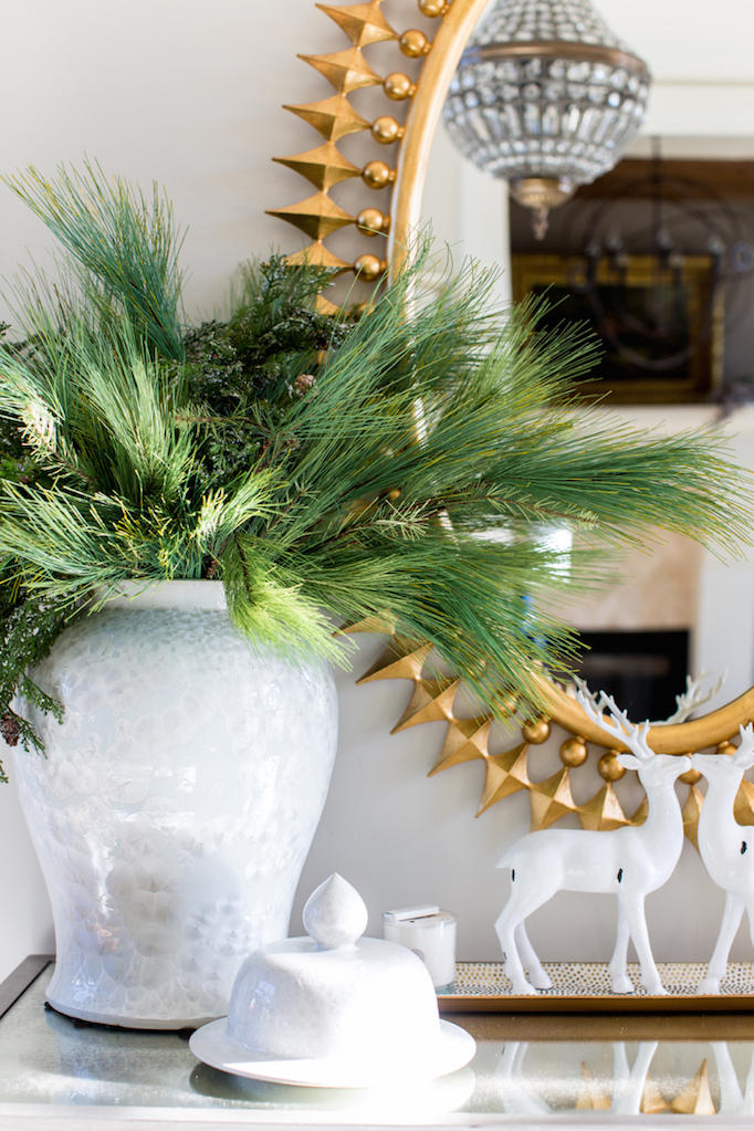 holiday-greenery-console