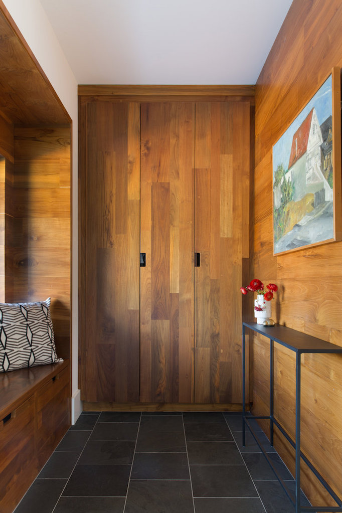 natural-woodmudroom