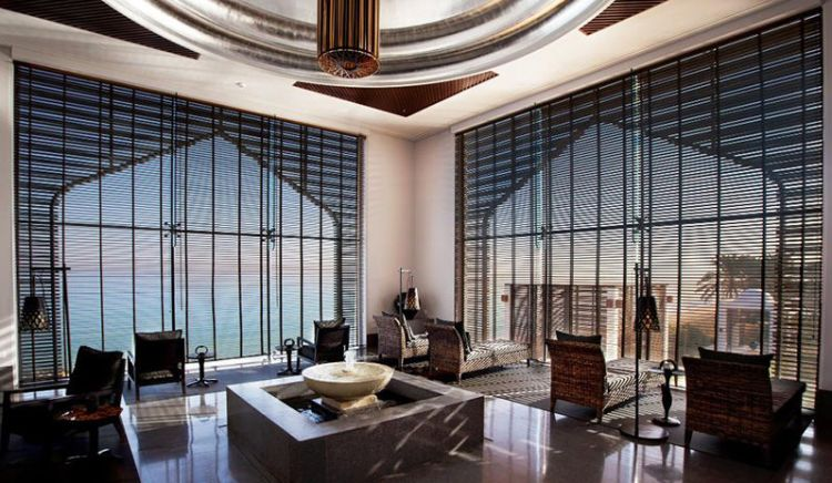 The relaxation lounge at the Chedi Muscat spa