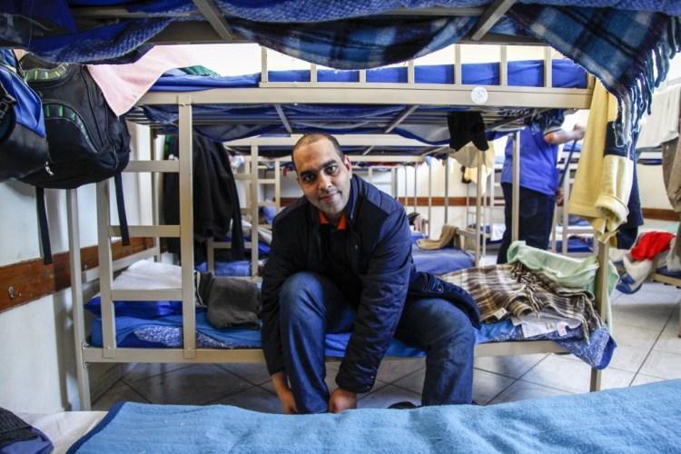 O marroquino Mohamed Ali, de 40 anos, vive no alojamento da Missão Scalabriniana em São Paulo