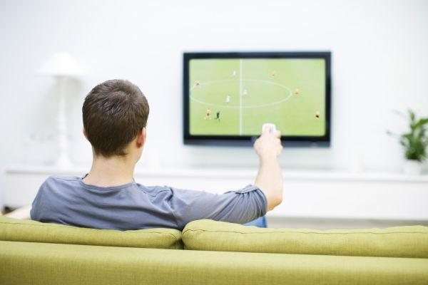 Ganhar dinheiro assistindo jogos de Futebol