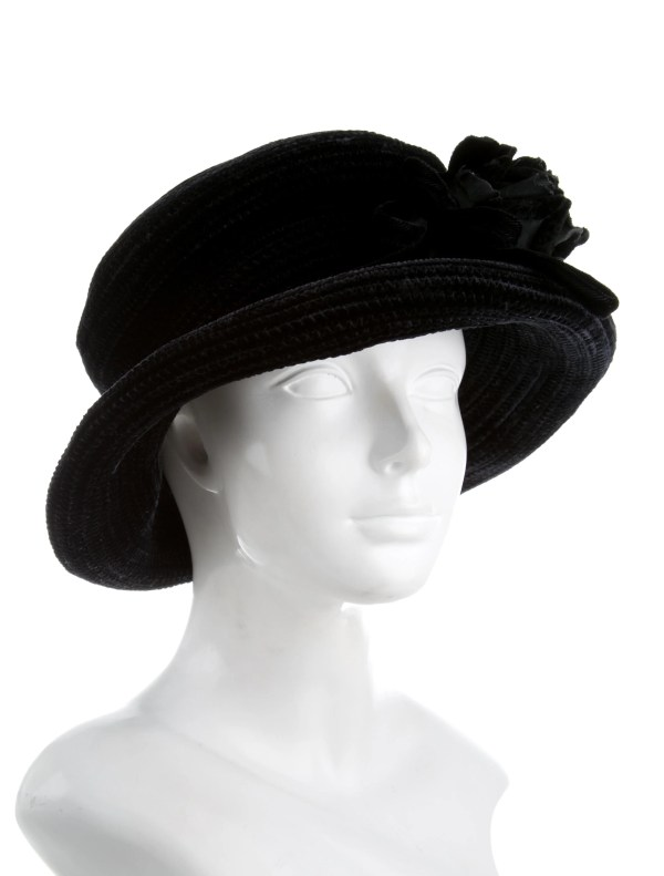 Eric Javits Floral-embellished Velvet Hat - Accessories